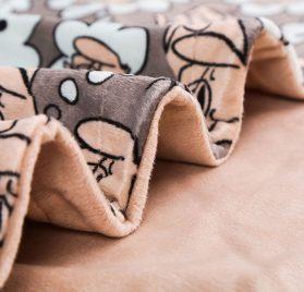 UTEX Premium Microfiber Pet Blanket, for Small Medium Large Dogs, Puppy Kitten Bed, Warm, Soft, Plush 2